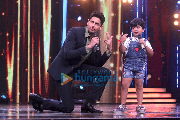 WOW! Sidharth Malhotra turned rapper for this show and the kids loved it