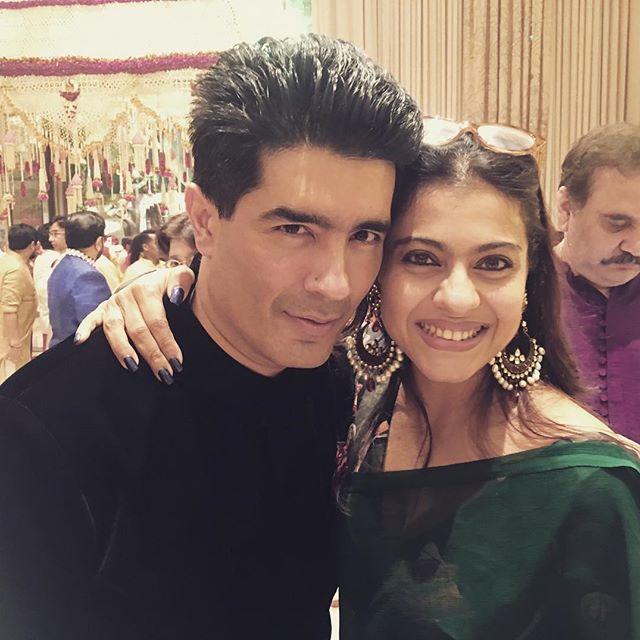 WOW! Vidya Balan clicks a wonderful picture of Kajol and her BFF Manish Malhotra1