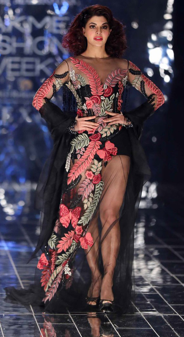 Wow! Jacqueline Fernandez and Aditya Roy Kapur stun as showstoppers for Manish Malhotra at Lakme Fashion Week 2017 finale!