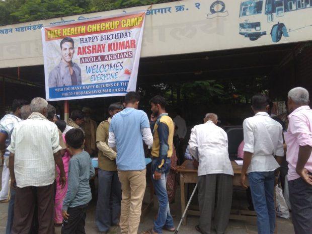 Akshay-Kumar's-fan-clubs-1