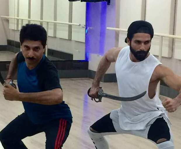 Check out Shahid Kapoor trains in sword fighting for Padmavati1