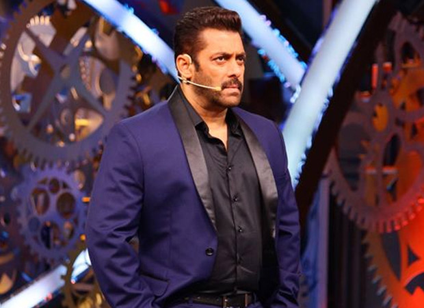 SHOCKING Bigg Boss 11, eliminated contestant Zubair Khan files a complaint against Salman Khan