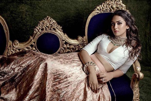 Is Shahid Kapoor's wife Mira Rajput doing a secret photo shoot to endorse brands like Kareena Kapoor Khan does1