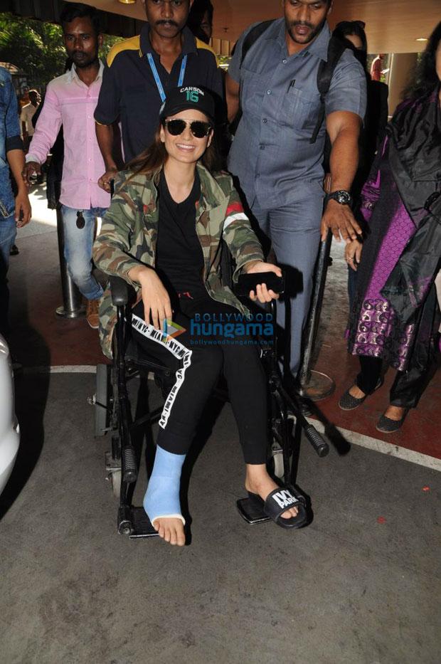 Kangana Ranaut injures her right leg on the sets of Manikarnika-3