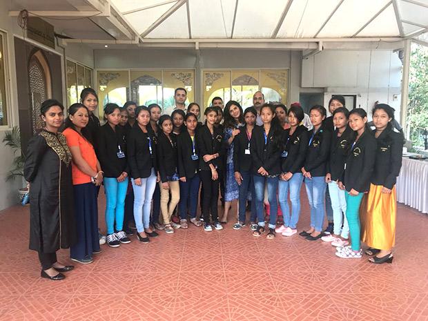 Richa Chadha takes a step forward for The Indian Army (4)