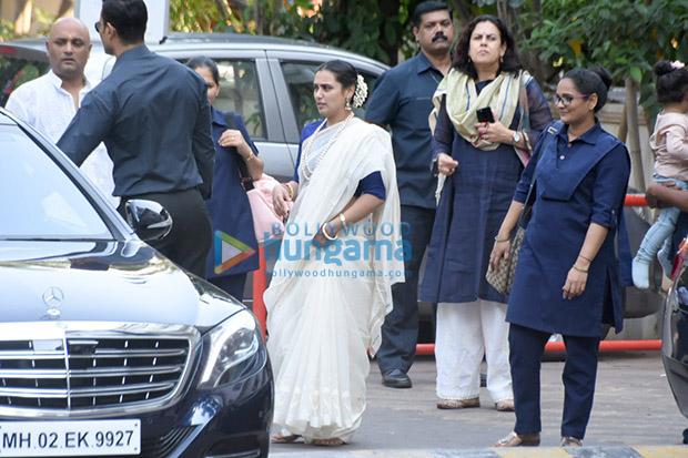 Spotted Aditya Chopra, Rani Mukerji and their daughter Adira