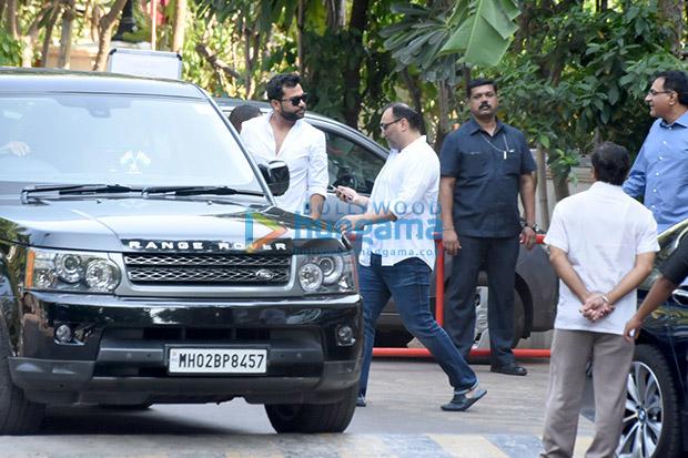 Spotted Aditya Chopra, Rani Mukerji and their meet