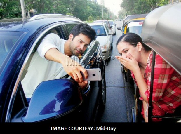Varun Dhawan apologizes after Mumbai Police slams actor for risking his life while clicking a selfie with fan