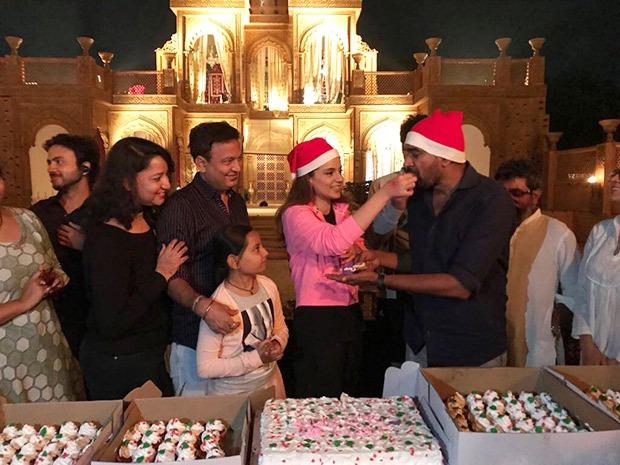 Kangana Ranaut celebrates Christmas on the sets of Manikarnika – The Queen of Jhansi (1)