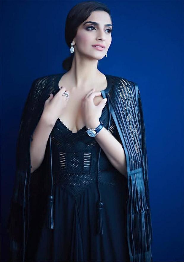 Sonam Kapoor goes bold in black