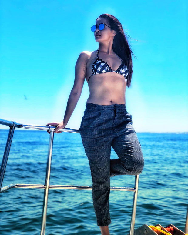 These images Surveen Chawla are set to make summer even hotter