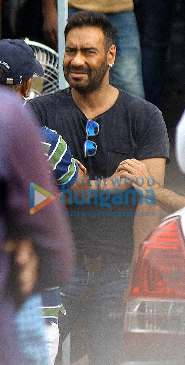ON THE SETS: Ajay Devgn, Madhuri Dixit, Riteish Deshmukh and Esha Gupta shoot for Total Dhamaal in Mumbai