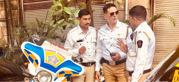 Akshay Kumar gets associated with 'road safety' movement