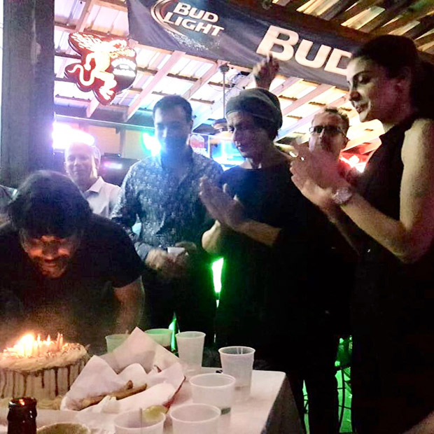 INSIDE pic out! Shah Rukh Khan and Anushka Sharma ring in R Madhavan's birthday on Zero sets