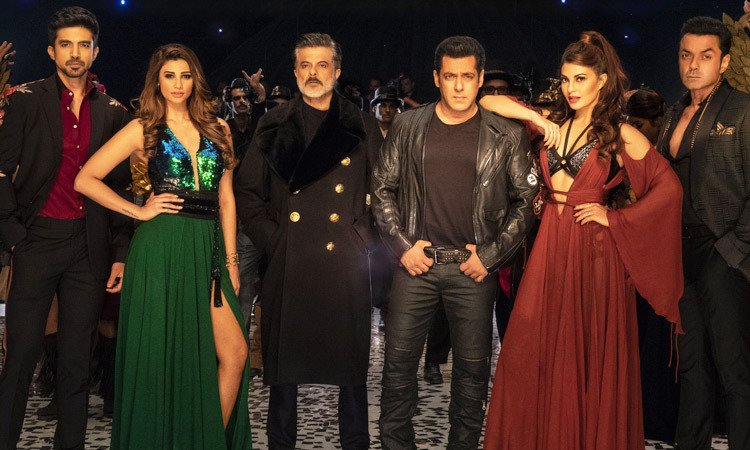 Race 3 Movie Review Image