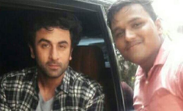 Check out: Ranbir Kapoor shoots an ad in Goa, meets fans (see pics)