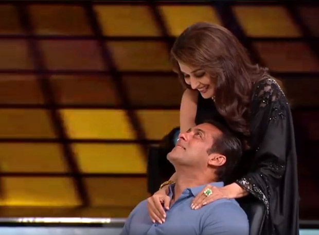 Salman Khan and Madhuri Dixit recreate Hum Aapke Hain Koun pose on Dance Deewane
