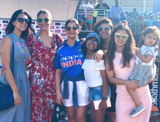 Anushka Sharma and Virat Kohli celebrate MS Dhoni's birthday in Cardiff