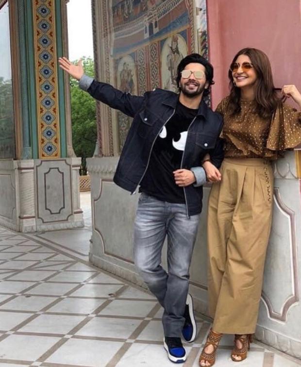 Anushka Sharma in Koashee and Zara for Sui Dhaga-Made in India promotions (3) (1)