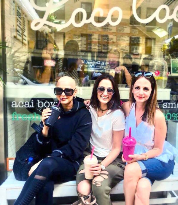 Sonali Bendre's BRAVE new bald and bold look is lauded by BFFs Sussanne Khan, Hrithik Roshan and Gayatri Oberoi this Friendship's Day