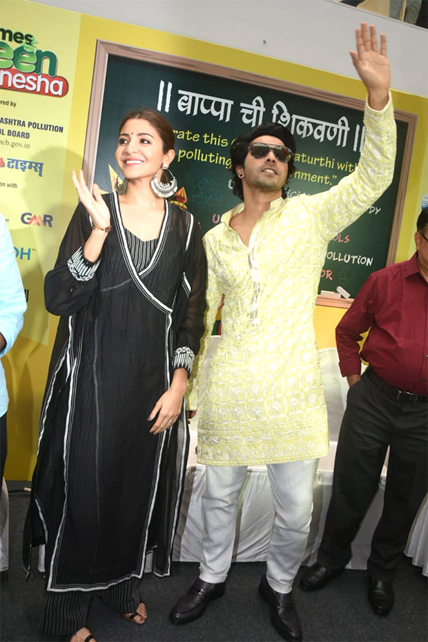 Varun Dhawan in Manish Malhotra for Sui Dhaaga - Made in India promotions (2)
