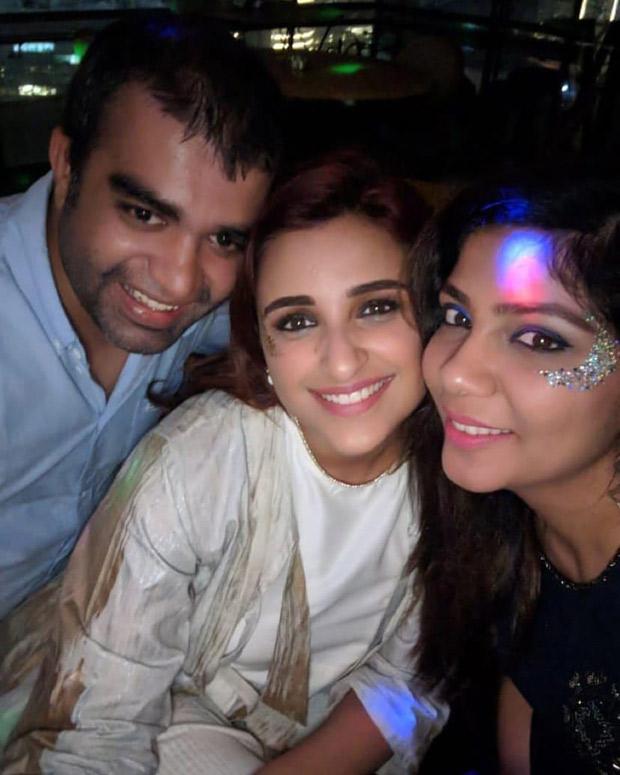 WATCH: Instead of cutting a cake, Parineeti Chopra rings in her 30th birthday by having tiramisu