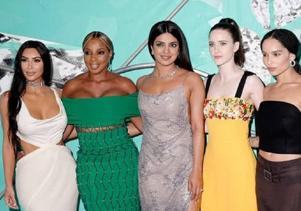 Priyanka Chopra shares a laugh with Kim Kardashian, Rachel Brosnahan, Zoe Kravitz & Mary J. Blige at Tiffany & Co.'s Blue Book Gala