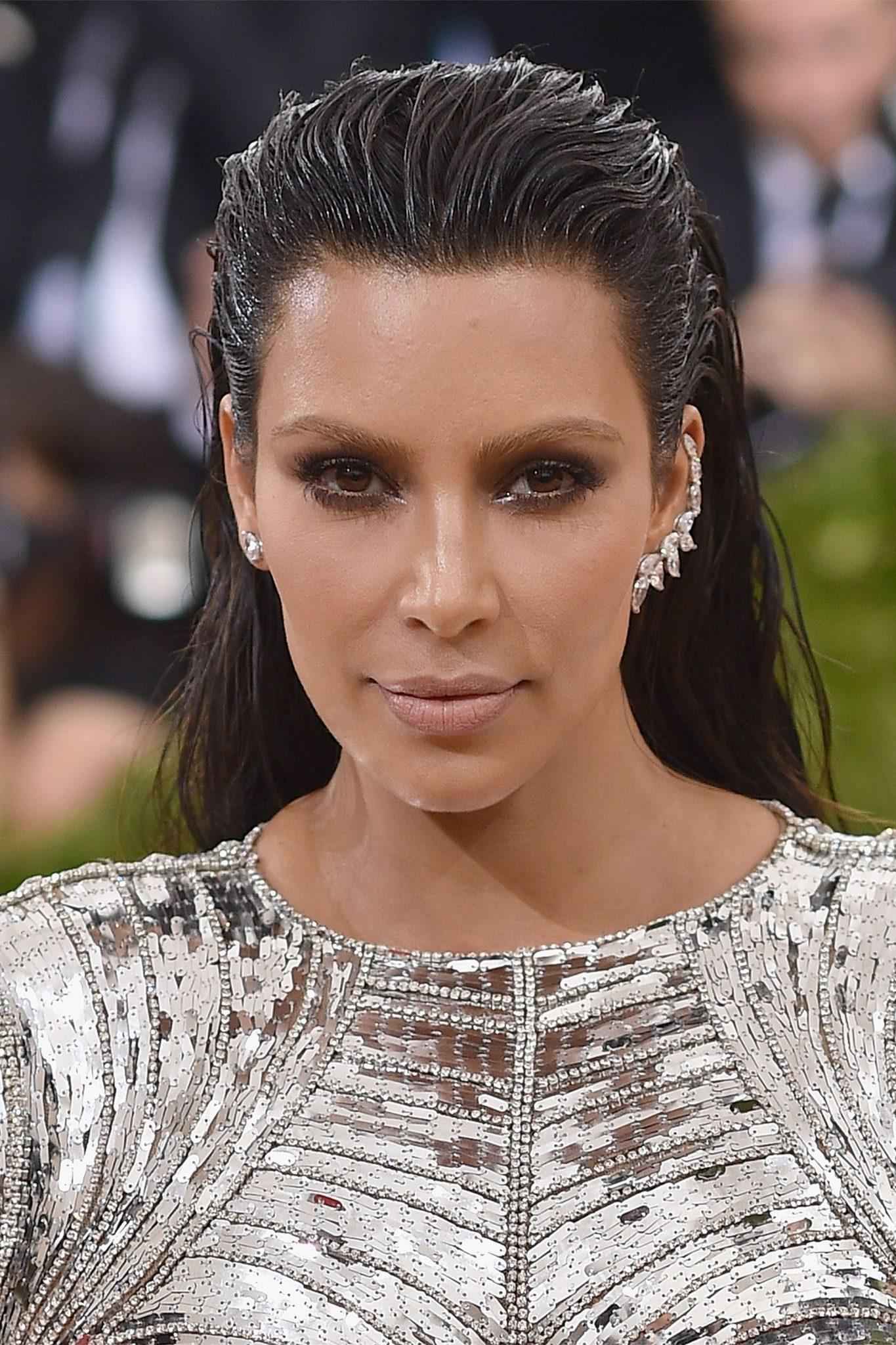 6 Kim Kardashian Halloween Costumes That Start With Your ...