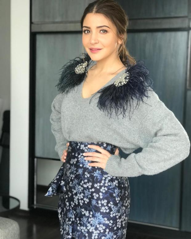 Anushka Sharma in Johanna Oritz for Zero promotions (2)