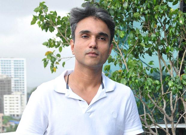 EXCLUSIVE: Happy Bhag Jayegi director Mudassar Aziz will be remaking Sanjeev Kumar starrer Pati Patni Aur Woh