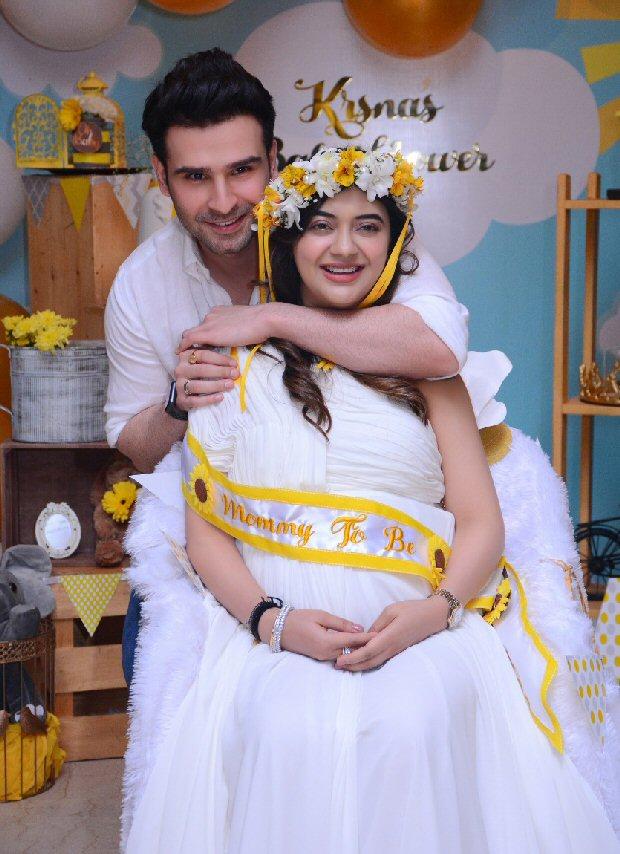 Ramaiya Vastavaiya actor Girish Kumar to soon become a father, hosts baby shower for wife Krsna