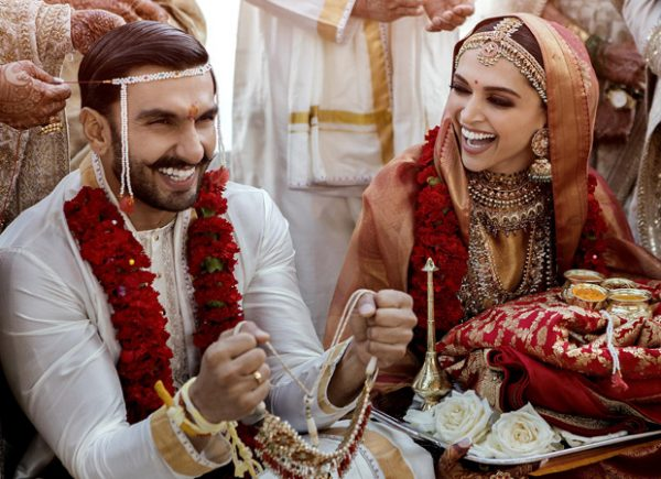 Ranveer Singh – Deepika Padukone get married; their wedding pictures inspires HILARIOUS MEMES