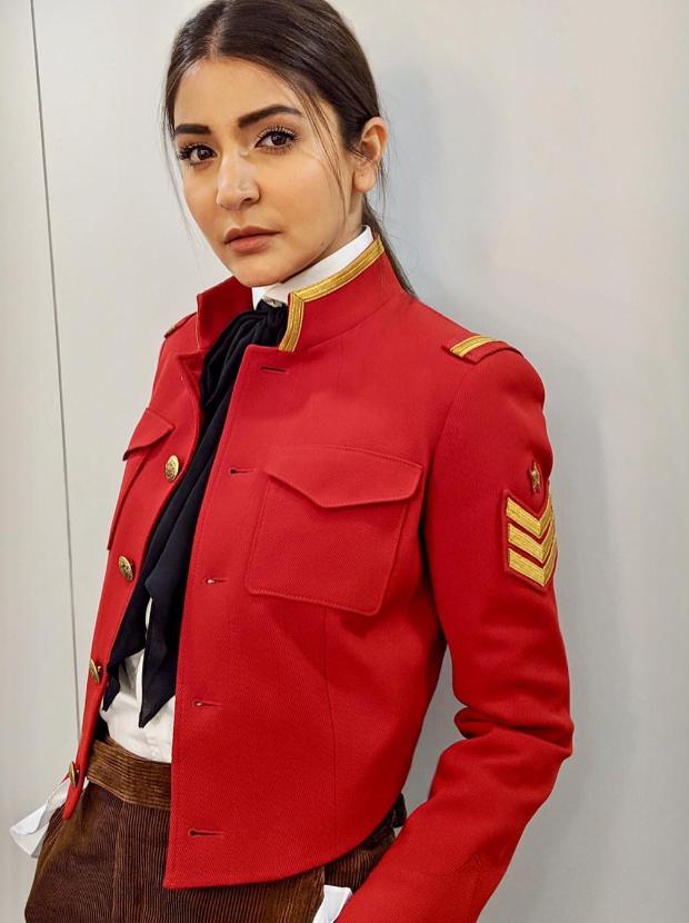 Anushka Sharma in Polo Ralph Lauren for Zero promotions (2)