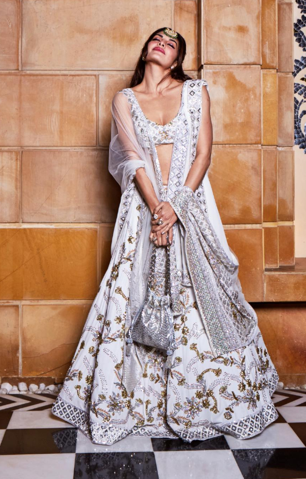 Jacqueline Fernandez in Manish Malhotra Couture for Isha Ambani sangeet (2)