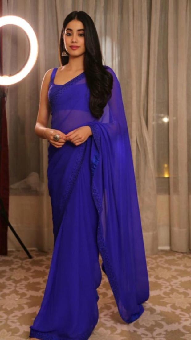 Janhvi Kapoor in Arpita Mehta (1)