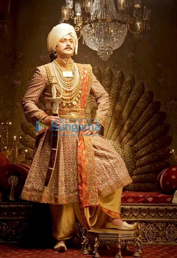 FIRST LOOK: Danny Denzongpa as Ghulam Ghaus Khan, Atul Kulkarni as Tatya Tope, Jisshu Sengupta as Maharaja Gangadhar Rao, Ankita Lokhande as Jhalkari Bai in Manikarnika