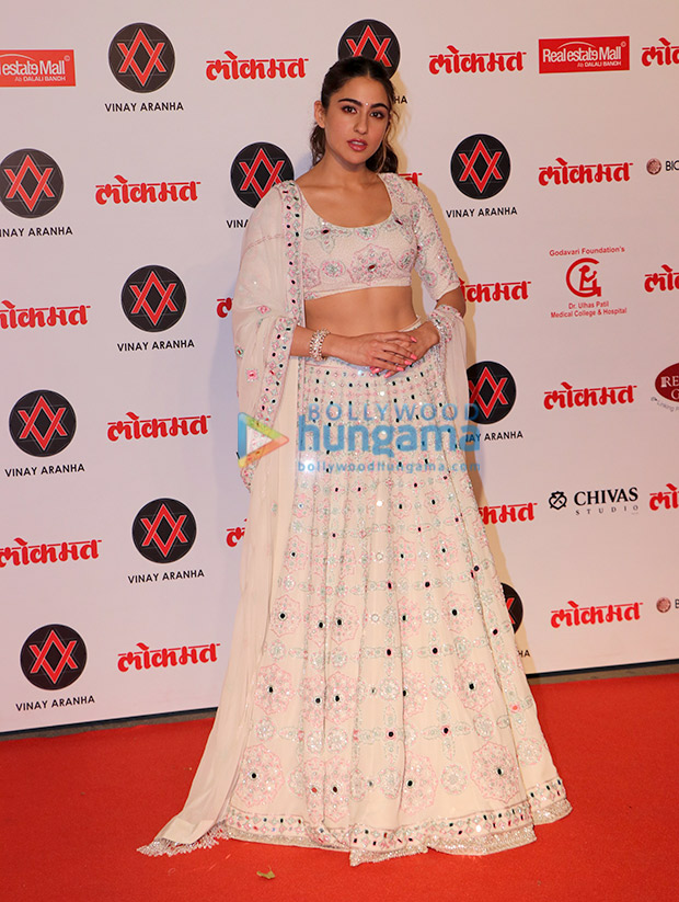 Sara Ali Khan in Manish Malhotra Couture for Lokmat Most Stylish Awards 2018 (1)