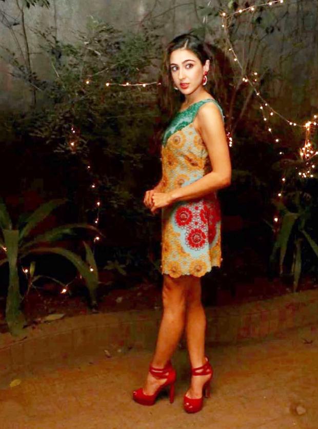 Sara Ali Khan in Nupur Kanoi for special screening of Simmba (4)