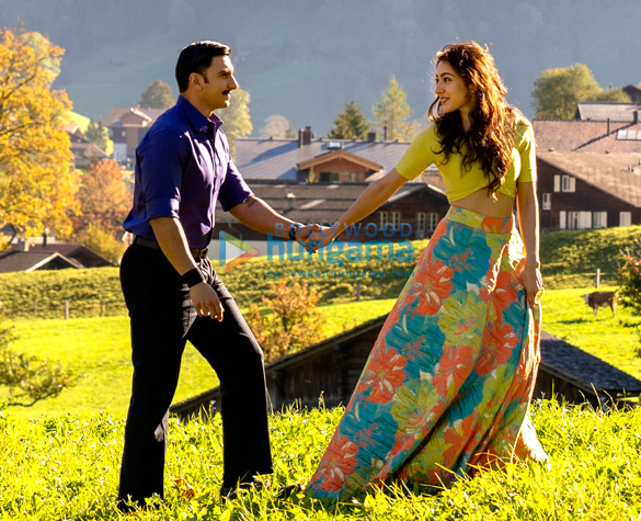 SIMMBA: Ranveer Singh and Sara Ali Khan romance in the Swiss Alps in 'Tere Bin' recreation