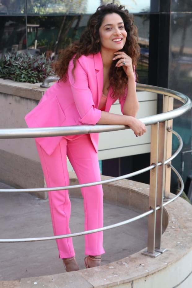 Ankita Lokhande in Cover story pink pantsuit (1)
