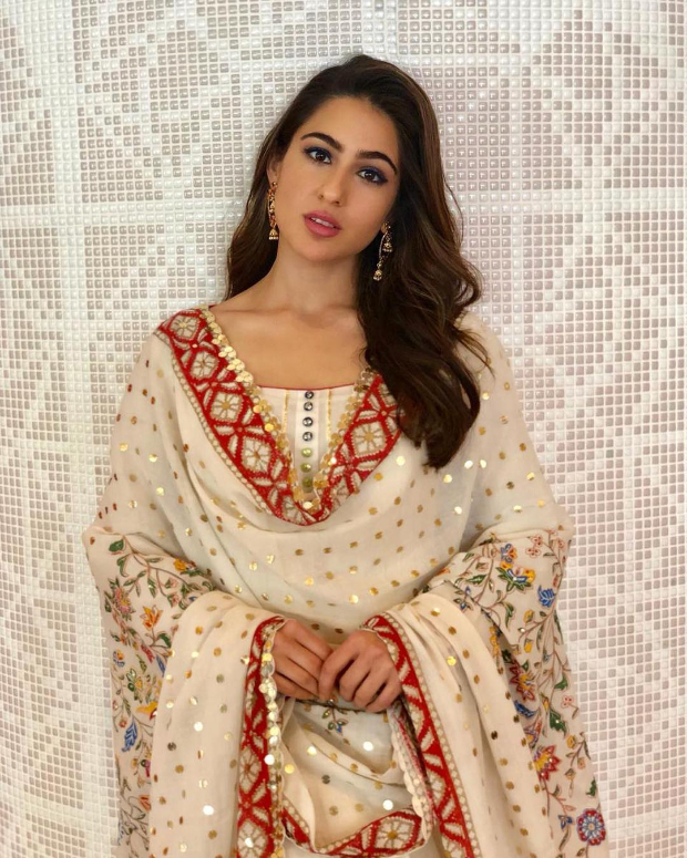 Sara Ali Khan in Sukriti and Aakrit for an event in Singapore (2)