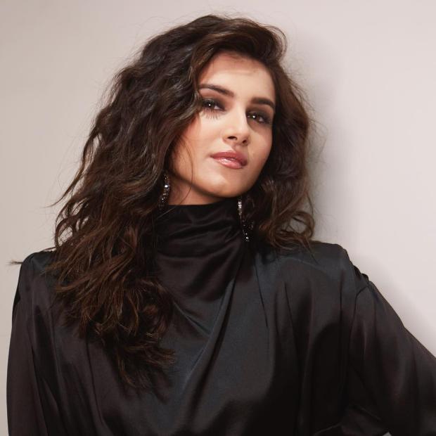 Tara Sutaria in Alessandra Rich for Punit Malhotra's birthday bash (4)
