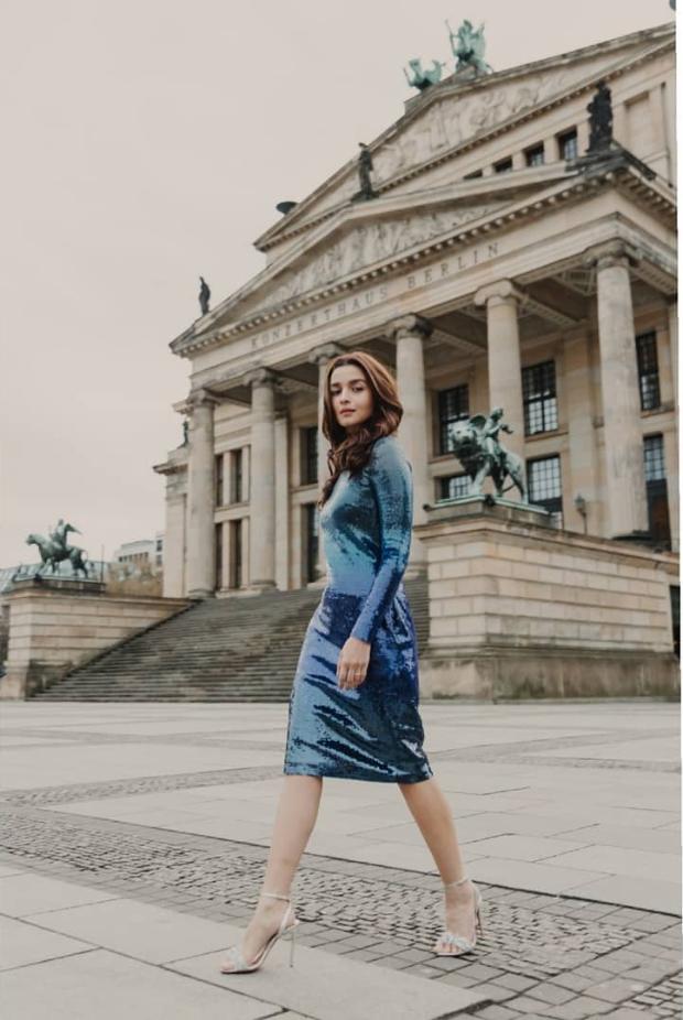 Alia Bhatt in Ralph Lauren for Gully Boy premiere in Berlin (1)