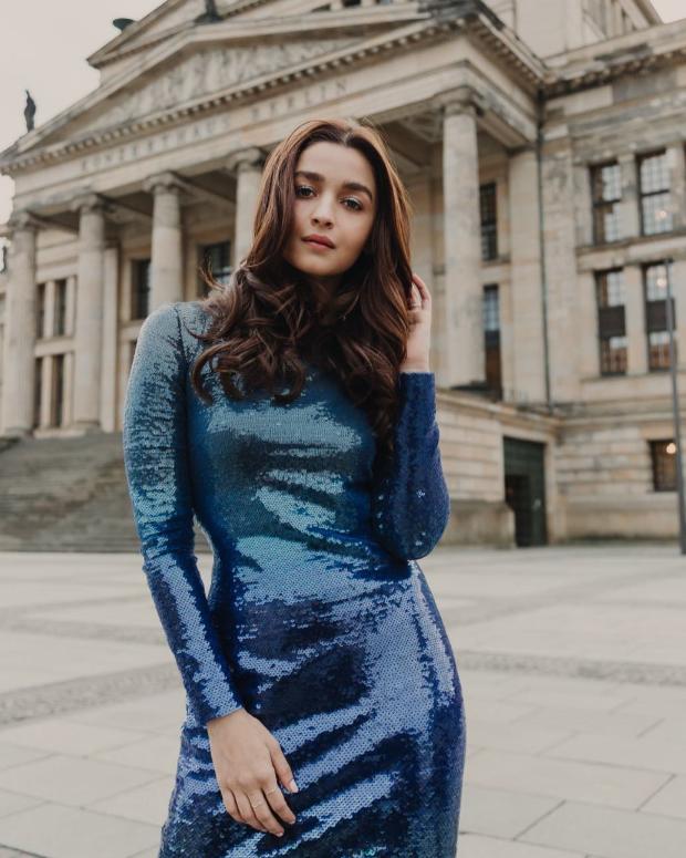 Alia Bhatt in Ralph Lauren for Gully Boy premiere in Berlin (4)