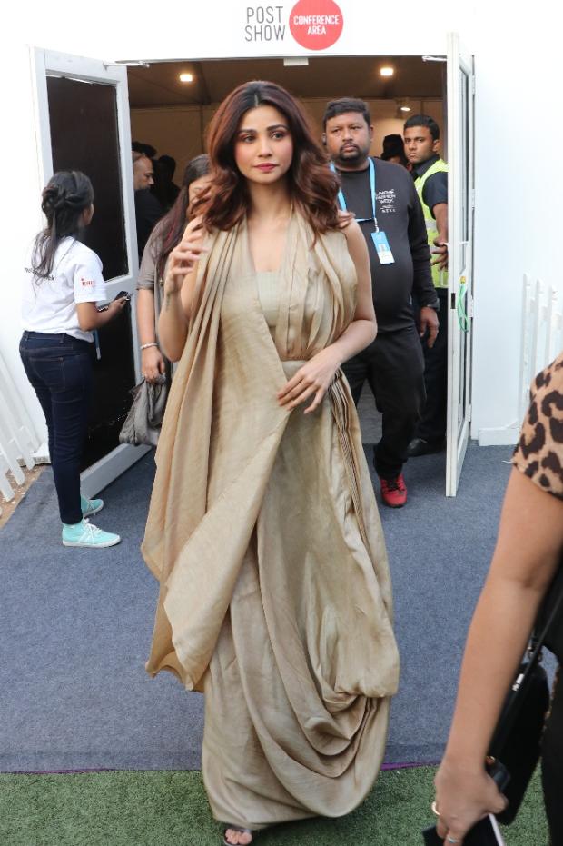 Daisy Shah for Kanchan More Sabharwal at LFW 2019 Summer_Resort (1) (1)