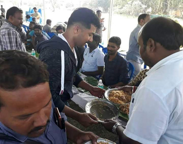South superstar Suriya serves biryani for the entire crew on the sets of the Mohanlal starrer Kaappaan