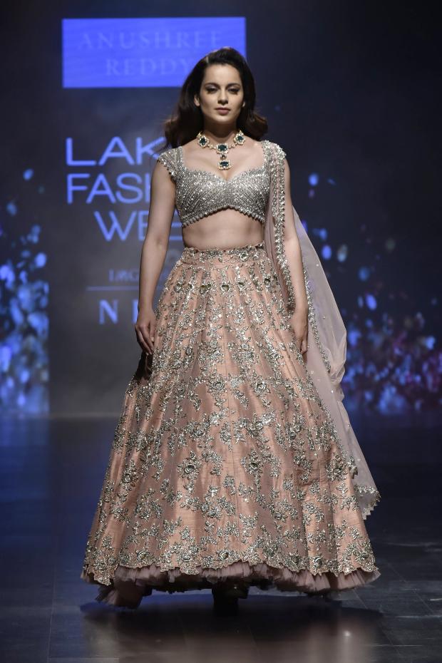 Kangana Ranaut for Anushree Reddy at LFW 2019 Summer_Resort (4)