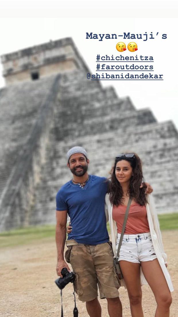 Farhan Akhtar and Shibani Dandekar share a love struck post that has romance written all over