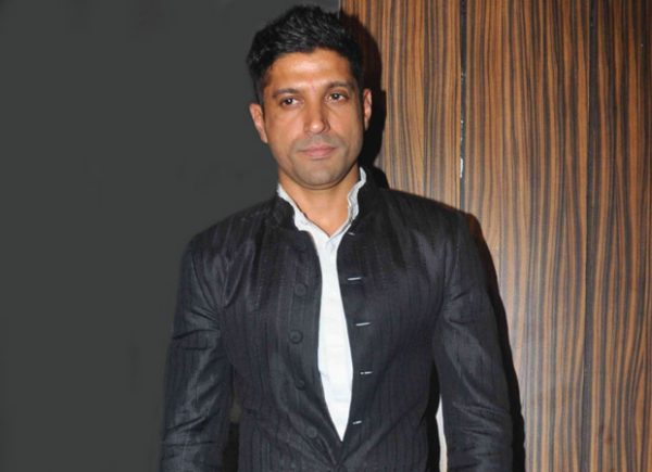 Farhan Akhtar's May wedding depends entirely on his ladylove