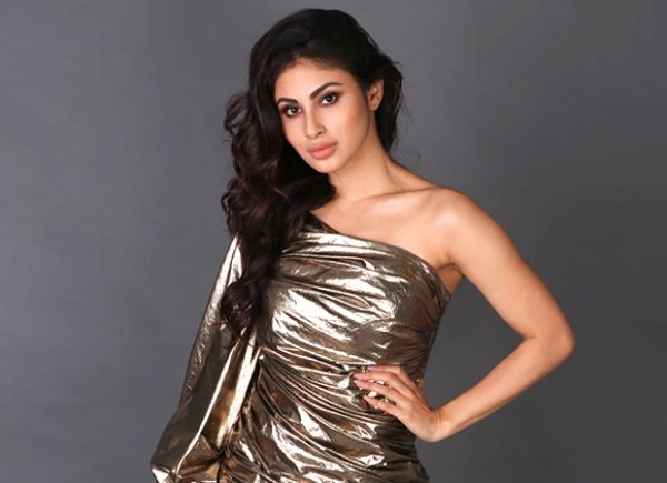 Mouni Roy upset with Jet airways and here's what she has to say